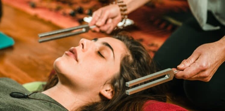 solfeggio sound healing therapy tuning forks